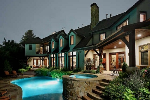 Luxury pools bryan smith homes for Summer homes builder